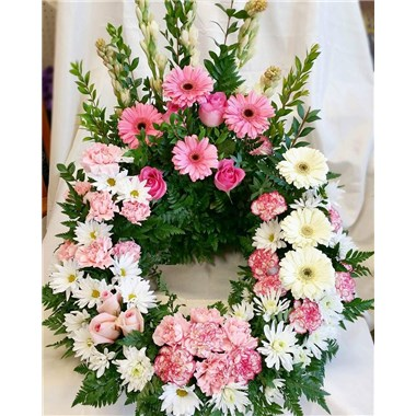 pink_and_white_urn
